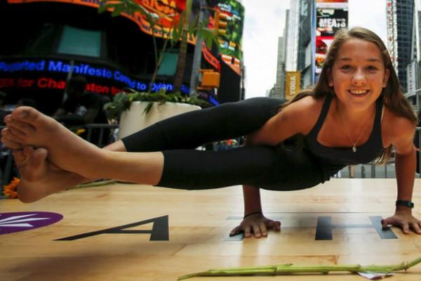 yoga-nyc-promo-rtx1hhf3